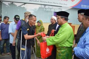 Majlis Pelancaran Agihan Makanan Berbuka Puasa Kepada Golongan Asnaf di Dataran Bangunan Daruzzakah Baitulmal, Kuala Lumpur pada 6 Jun 2016 jam 5.00 PM hingga 5.30 PM